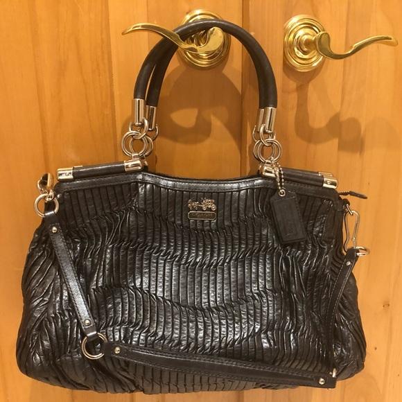 Authentic coach black leather purse